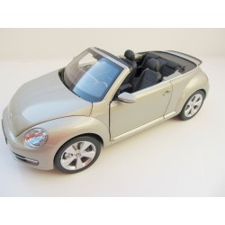 VW Golf 1  in 1:18 from Solido   + yellow +  NEW  Limited S1800201
