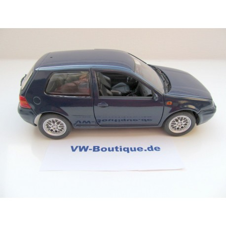 vw golf 4 gti 2 t rig blau nur 700 st ck 1 18 von revell. Black Bedroom Furniture Sets. Home Design Ideas
