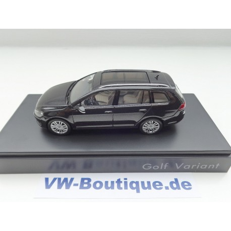 VW Golf 7 Variant von Spark in 1:43  + black Magic + 5G9099300YK1