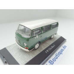 VW T2a Bus elm green / white
