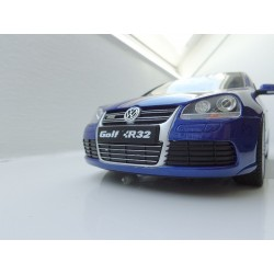 VW Golf 3 Cabrio Sport Edition in 1:18 von Otto rot OT202