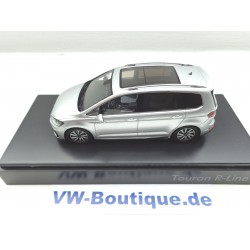 VW Touran in 1:43 by Herpa black magic 5TB099300 C9X