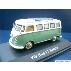 VW T1 Samba Bus in light green and white