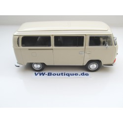 VW T1 Bus in 1:24 from Welly blue  NEW 22095W VOLKSWAGEN