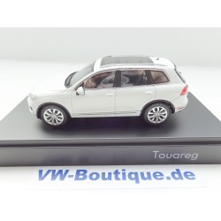 VW Touareg 2 black magic pearl effect (2009) 1:43