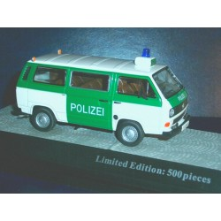 VW T3 bus police green / white