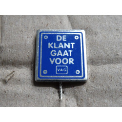 """VOLKSWAGEN VW Pin """"The customer comes first"""", 9 very rare !!"""