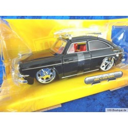 VW 1600 TL Type 3 black with surfboard 1:24