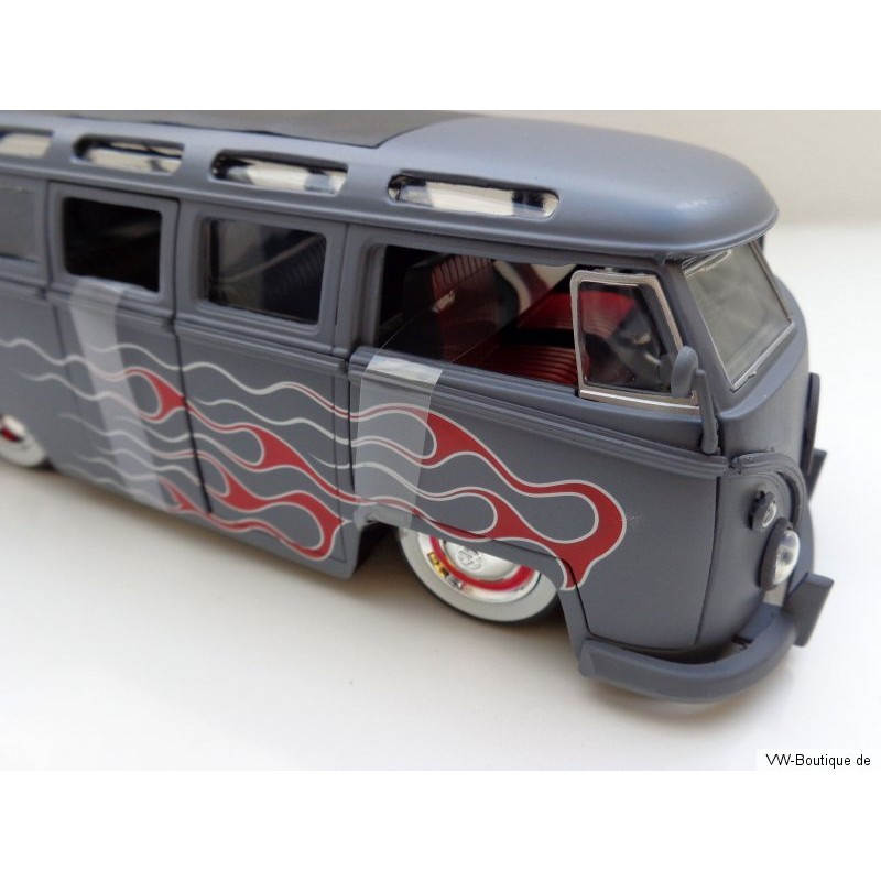 VW T1 Bus Samba sun roof white wheels Lowrider flames gray matt 1:24 - VW-Boutique